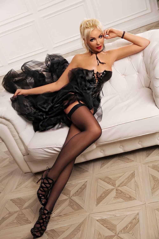 angie_london_escort-1604507019-6-e