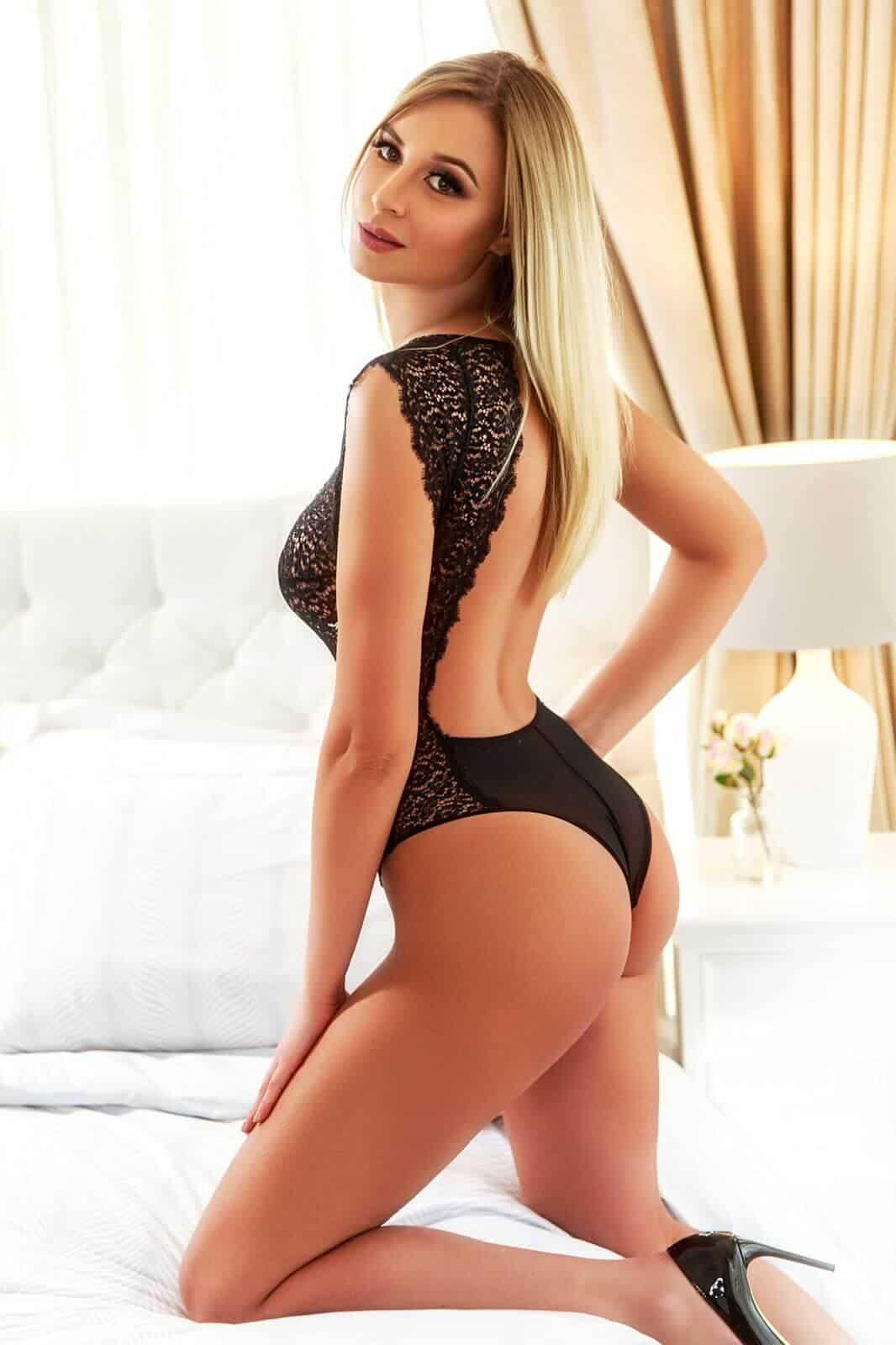 evette_massage_escort-1592342169-656-e